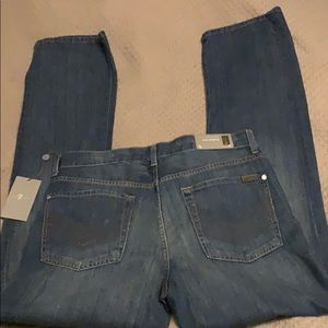 7FAM blue NWT classic straight leg standard jeans